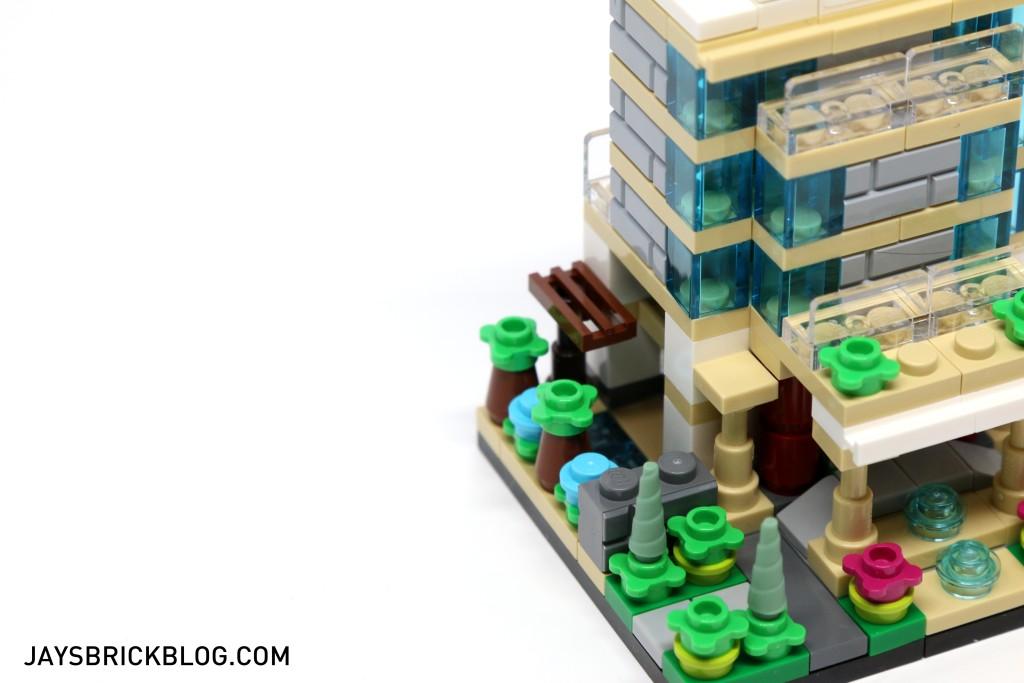 LEGO TRU Bricktober 2015 - Hotel Pool