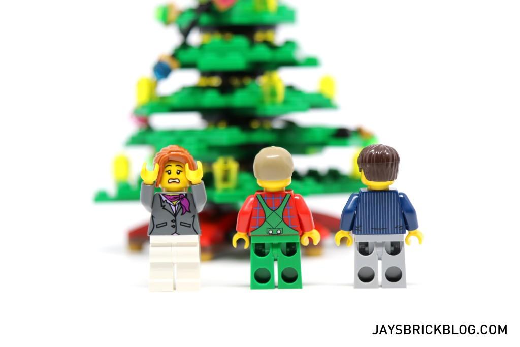 LEGO 10249 Winter Village Toy Shop - Adults Minifigures