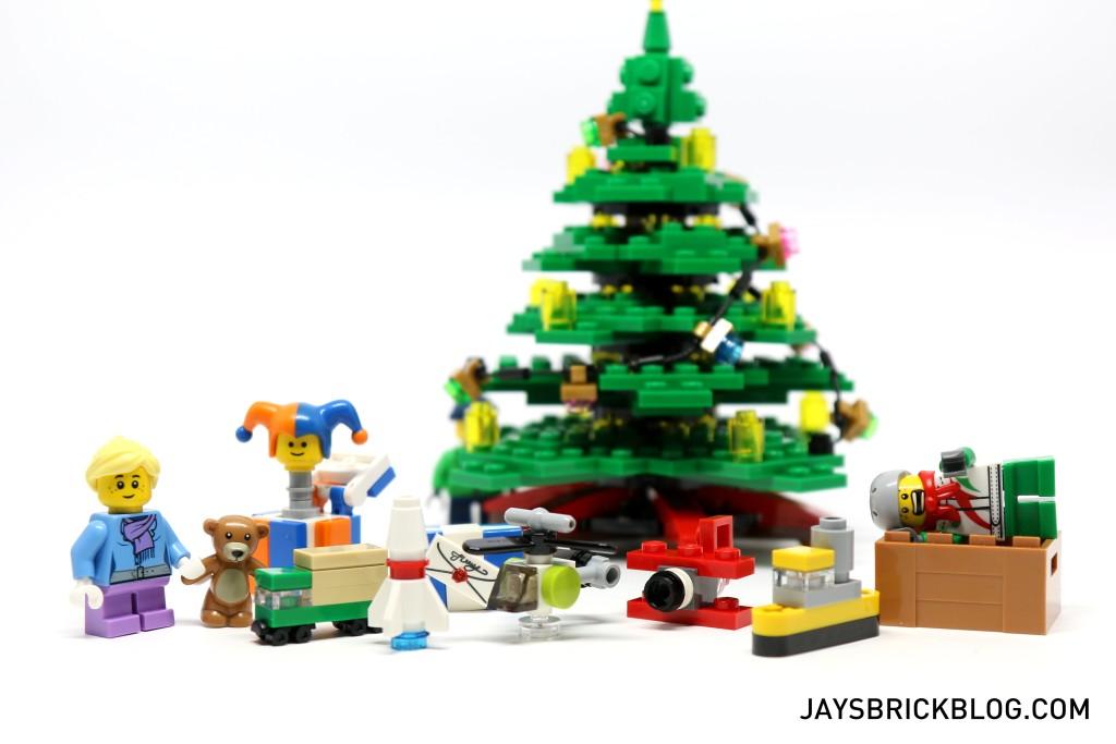 LEGO 10249 Winter Village Toy Shop - LEGO Christmas Presents