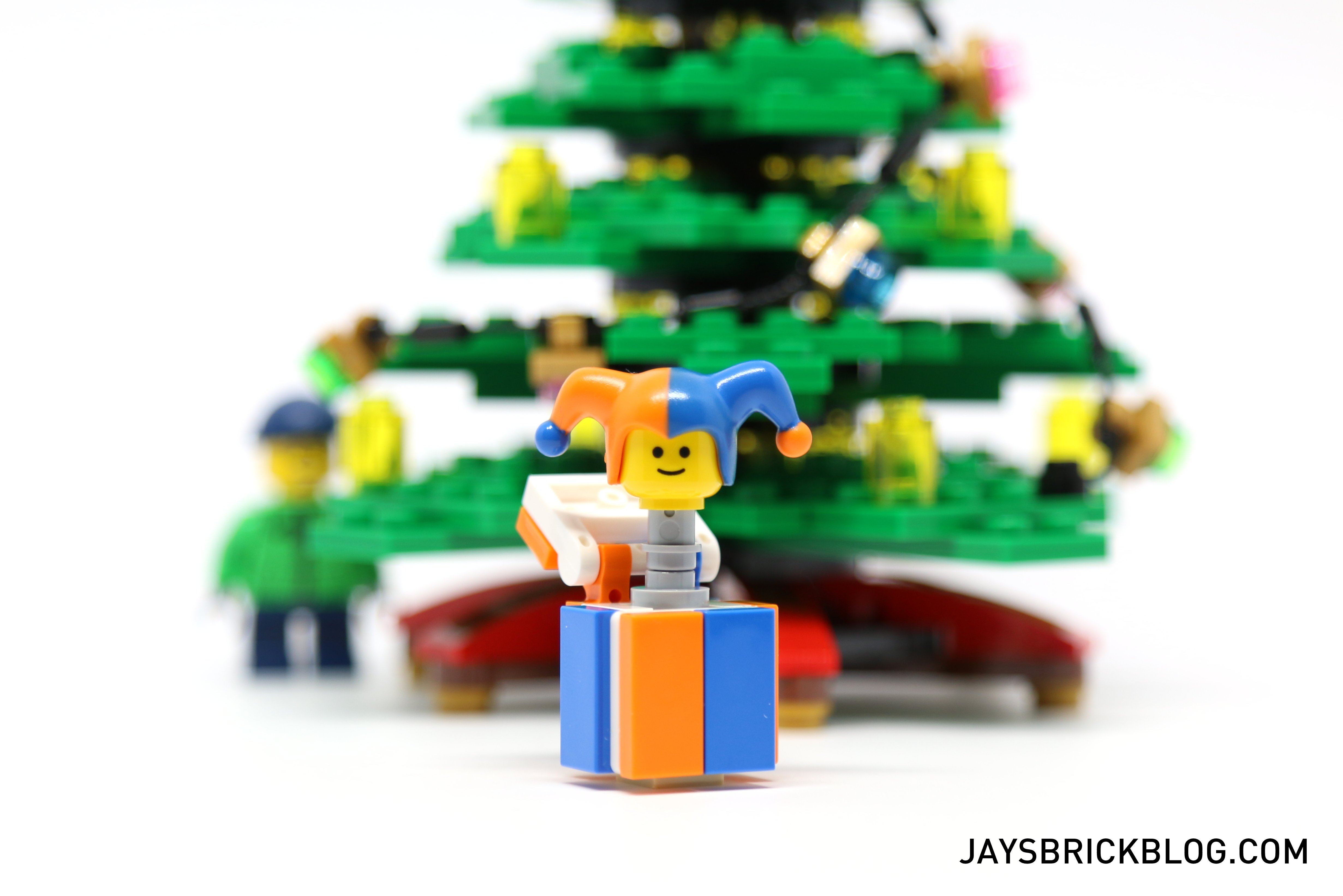 LEGO 10249 Winter Village Toy Shop - LEGO Jack In A Box  sc 1 st  Jayu0027s Brick Blog & Review: LEGO 10249 u2013 Winter Toy Shop (2015) Aboutintivar.Com
