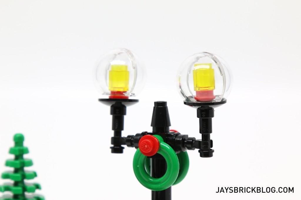 LEGO 10249 Winter Village Toy Shop - Lamp