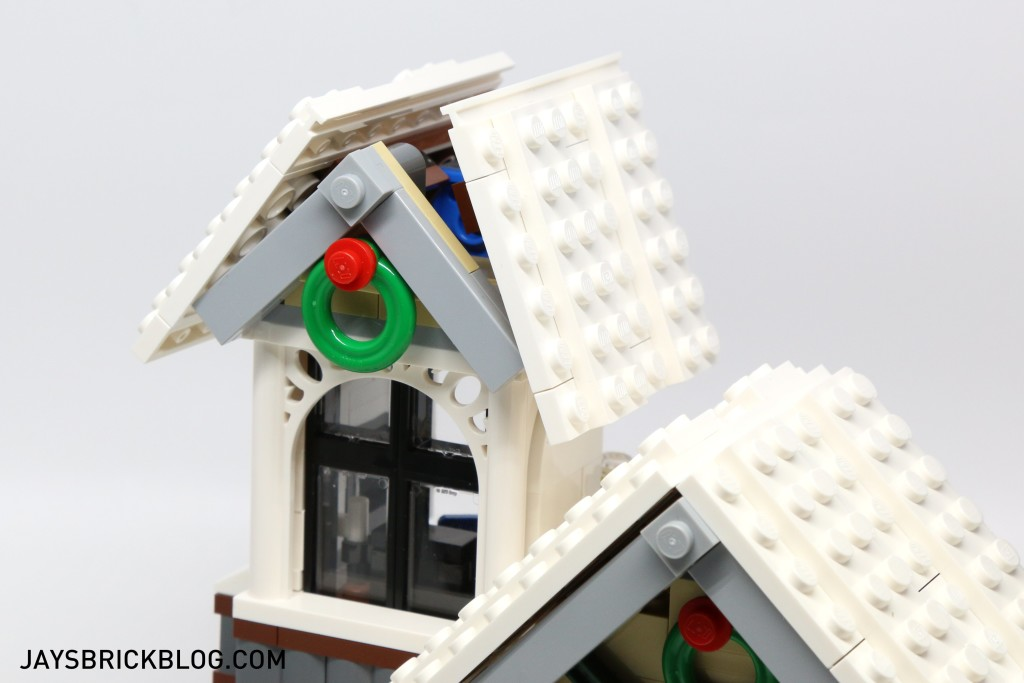 LEGO 10249 Winter Village Toy Shop - Roof Opening