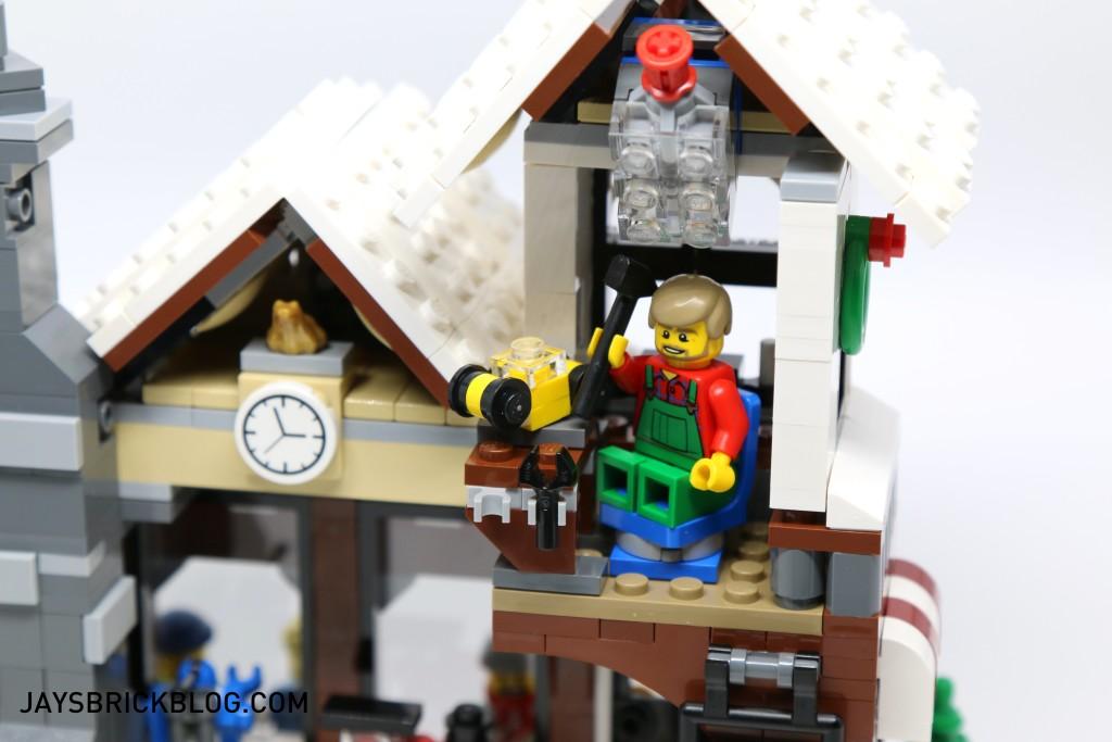 LEGO 10249 Winter Village Toy Shop - Workshop