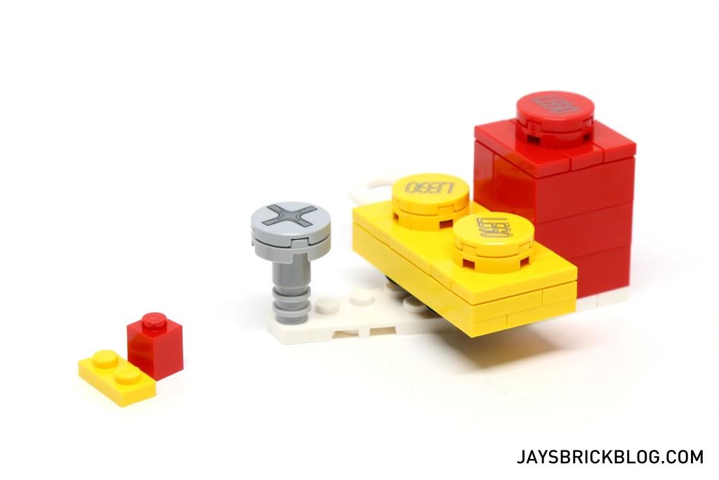 LEGO 76039 Ant-Man Final Battle - Oversized LEGO Blocks