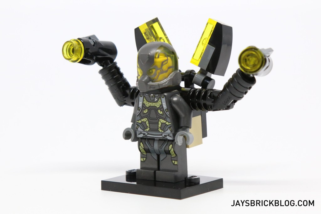 LEGO 76039 Ant-Man Final Battle - Yellow Jacket Side View