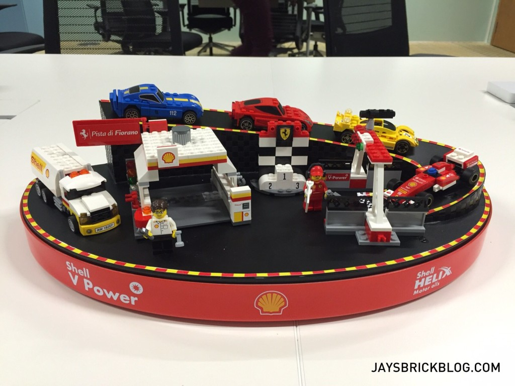 Shell LEGO Ferrari Collector's Case 2015-001