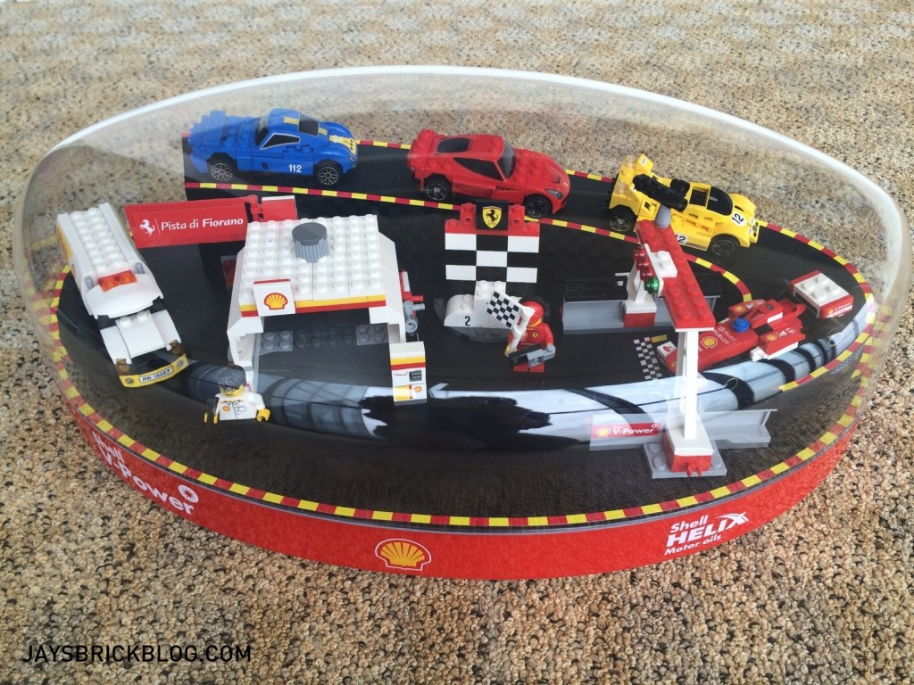 Shell LEGO Ferrari Collector's Case 2015 With Cover-001