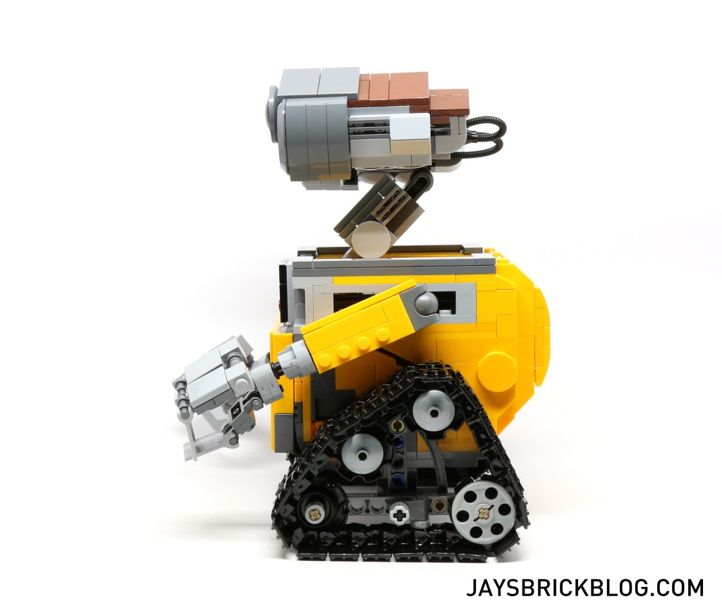 LEGO 21303 Wall-E -Side View
