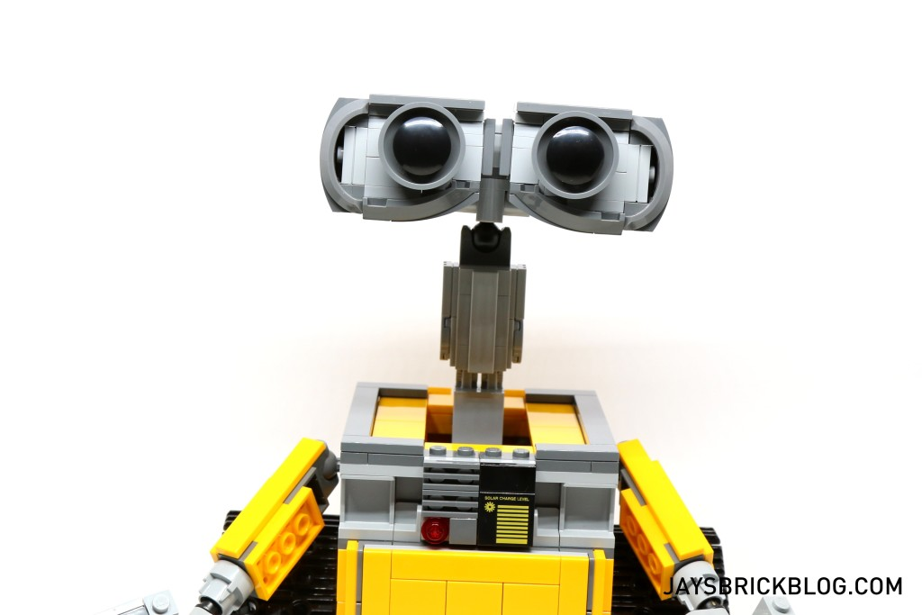 LEGO 21303 Wall-E -Stretched Out Neck