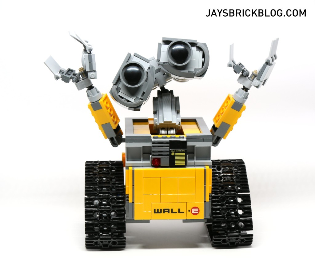 LEGO 21303 Wall-E -Wall-E Happy