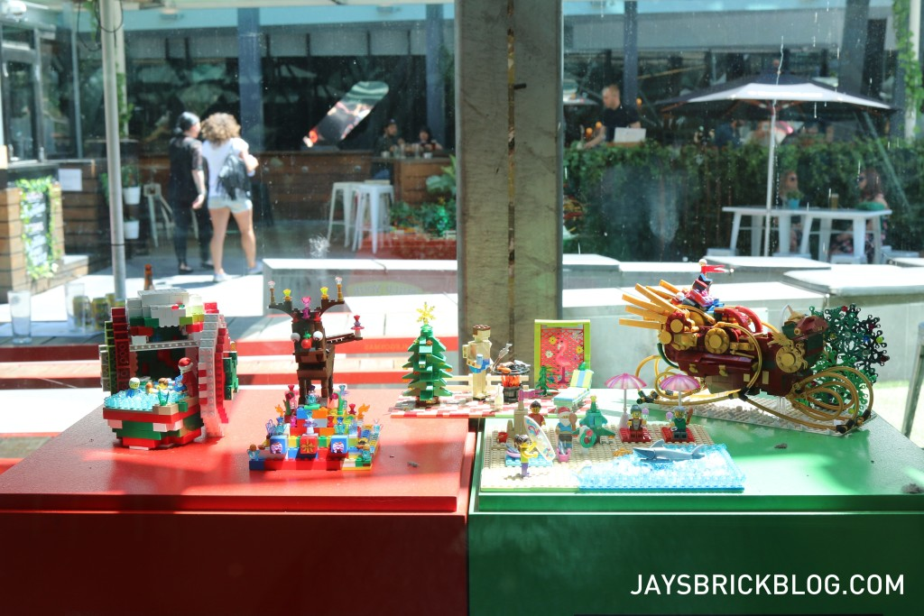 LEGO Christmas Tree Federation Square Melbourne - LEGO Displays Mixed