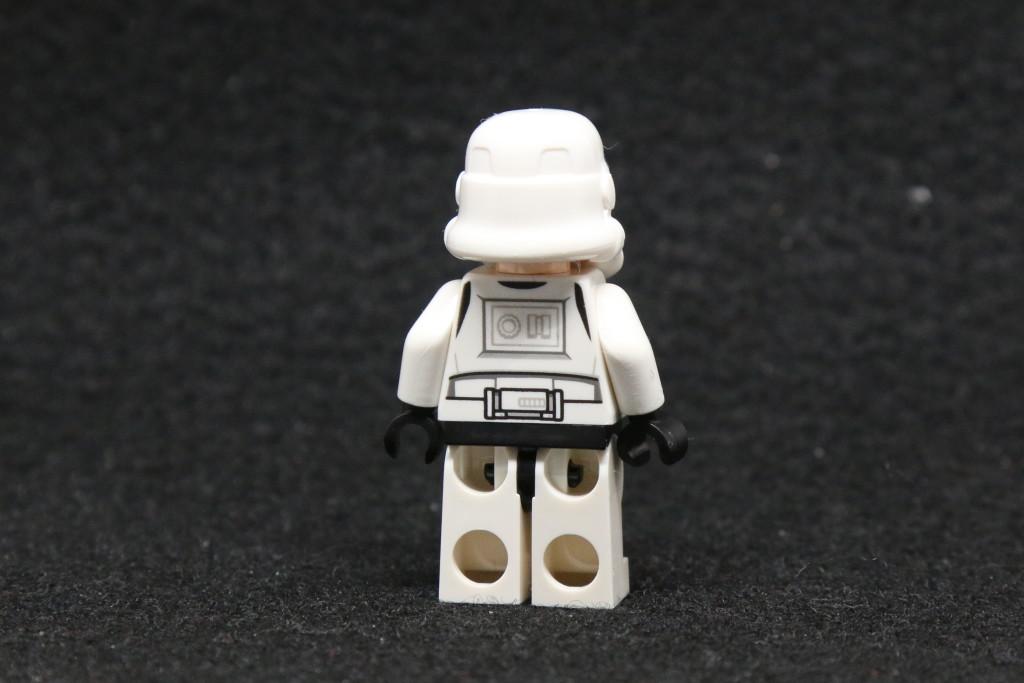 LEGO Star Wars Advent Calendar 2015 Day 10 - Stormtrooper Minifig Back