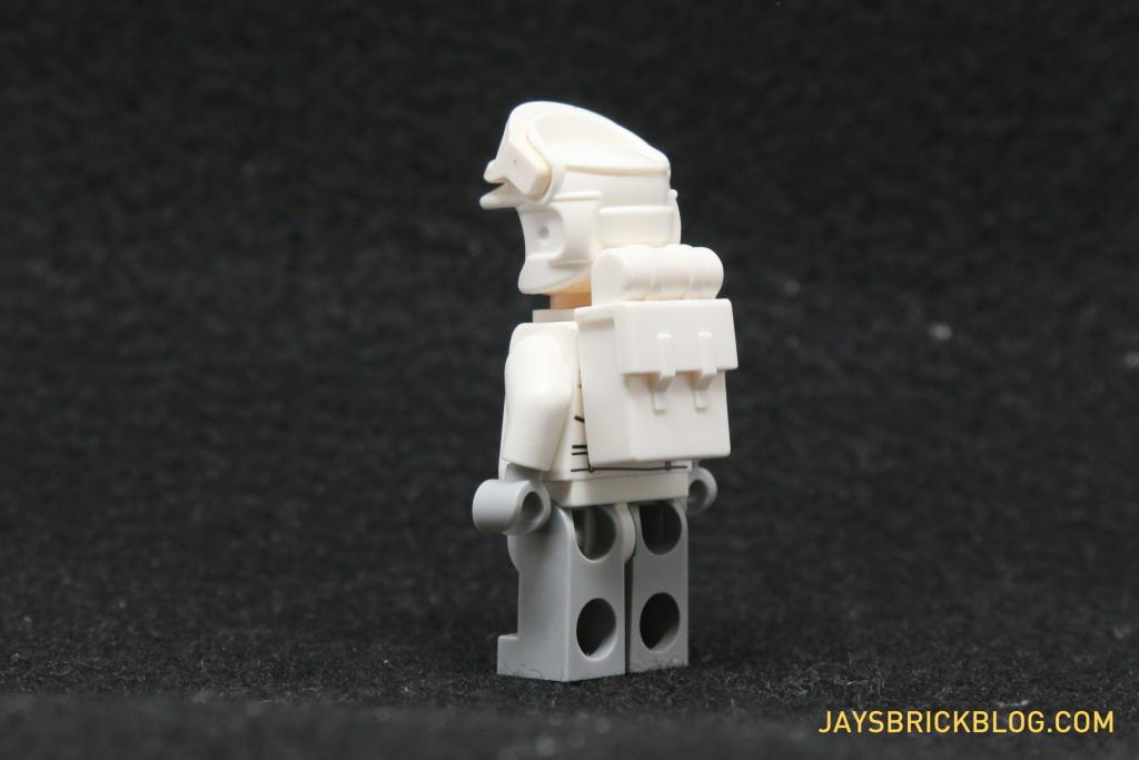 LEGO Star Wars Advent Calendar 2015 Day 17 - Hoth Rebel Trooper White Backpack