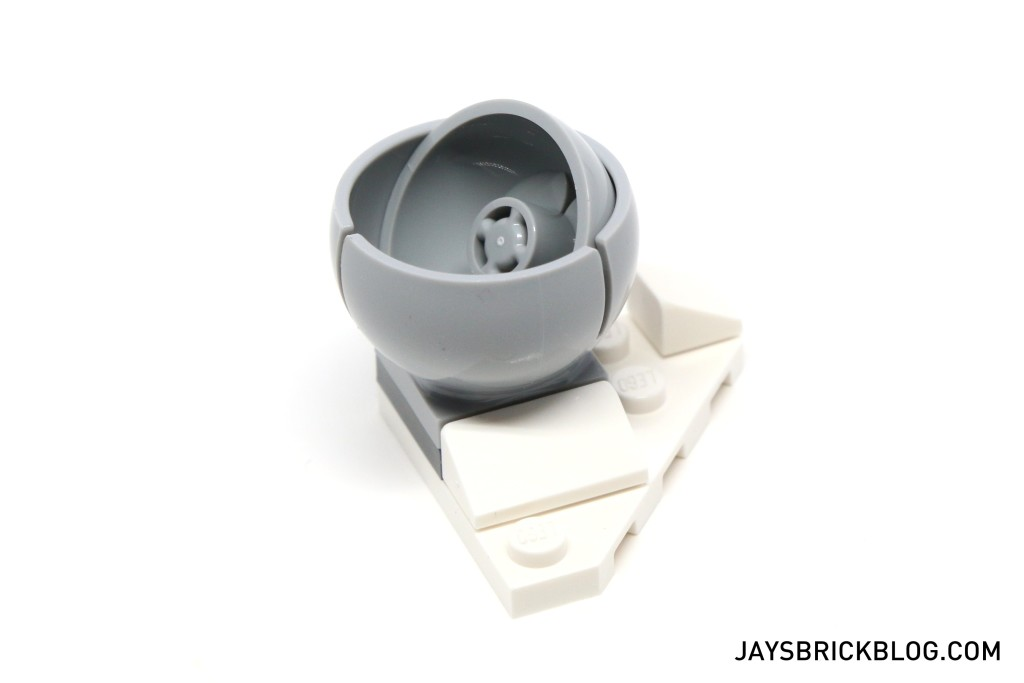LEGO Star Wars Advent Calendar 2015 Day 19 - Hoth Ion Cannon Assembly