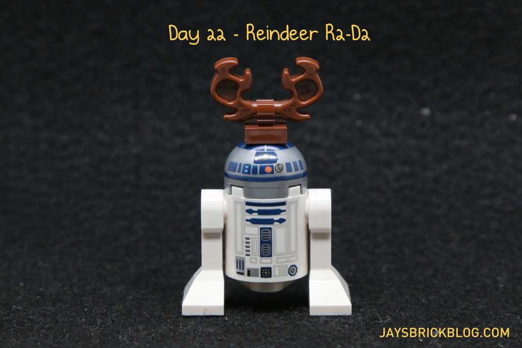 LEGO Star Wars Advent Calendar 2015 Day 22 - Reindeer R2-D2