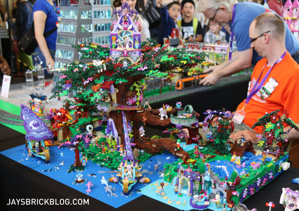 Brickvention 2016 - Up in The Tree by Branko, Max, and Warrun Drikstra with design input from Nanette