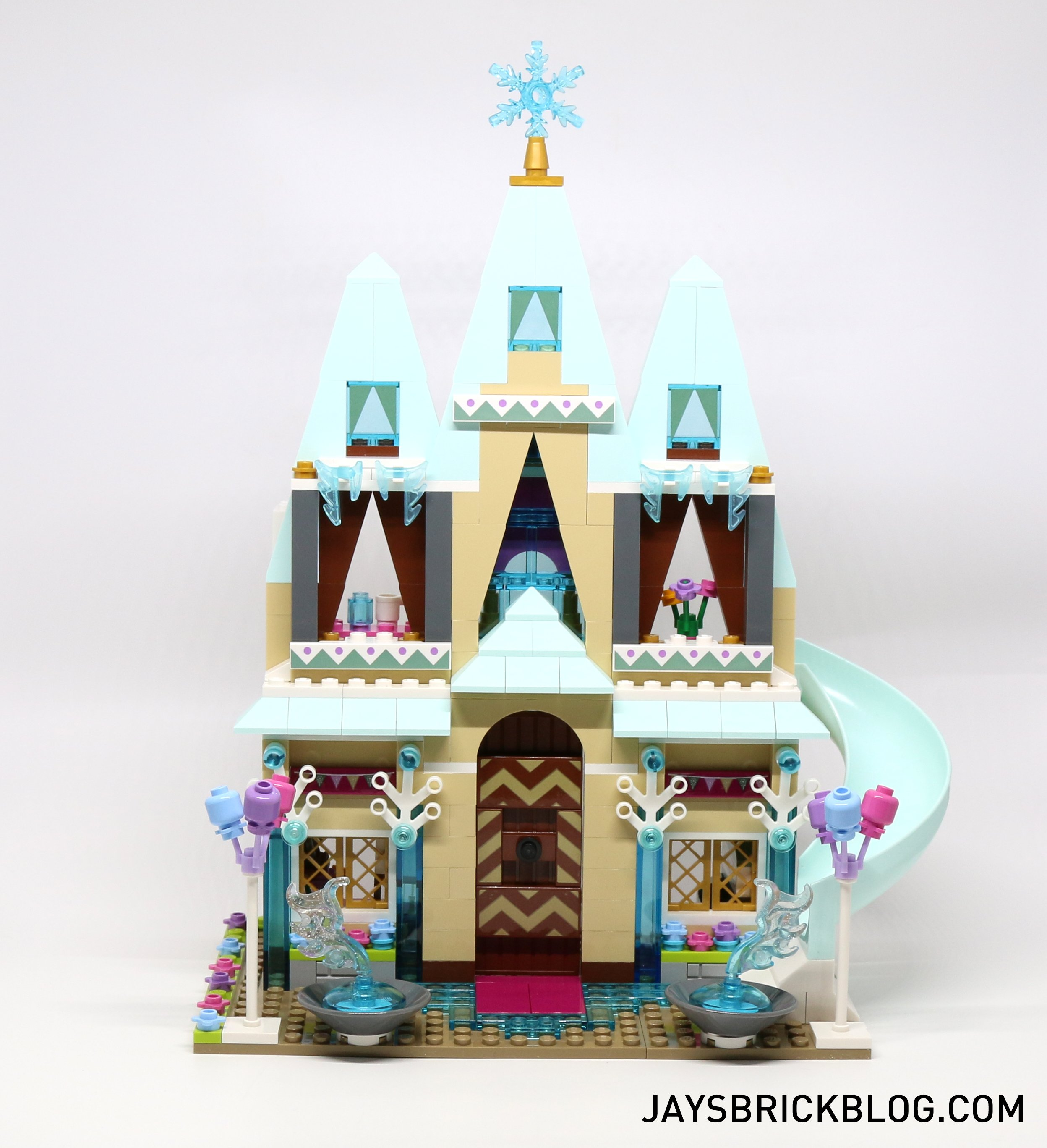 Review Lego 41068 Arendelle Castle Celebration Jay S Brick Blog