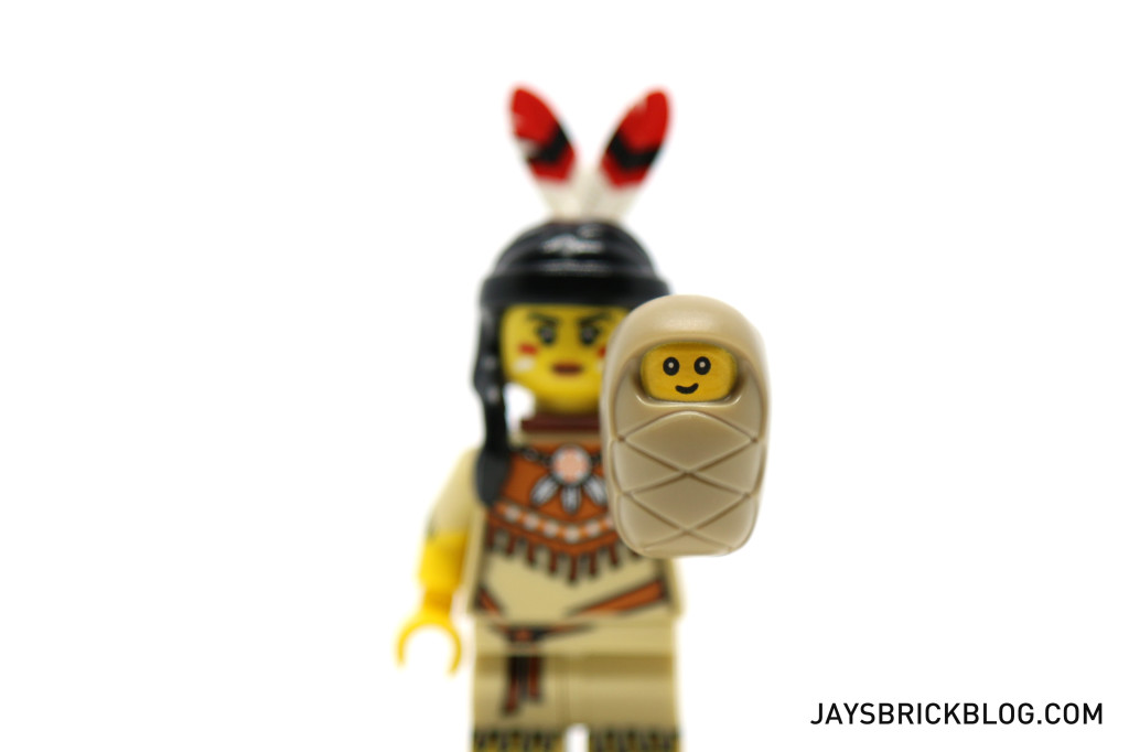 LEGO Minifigures Series 15 - Baby in a Swaddle