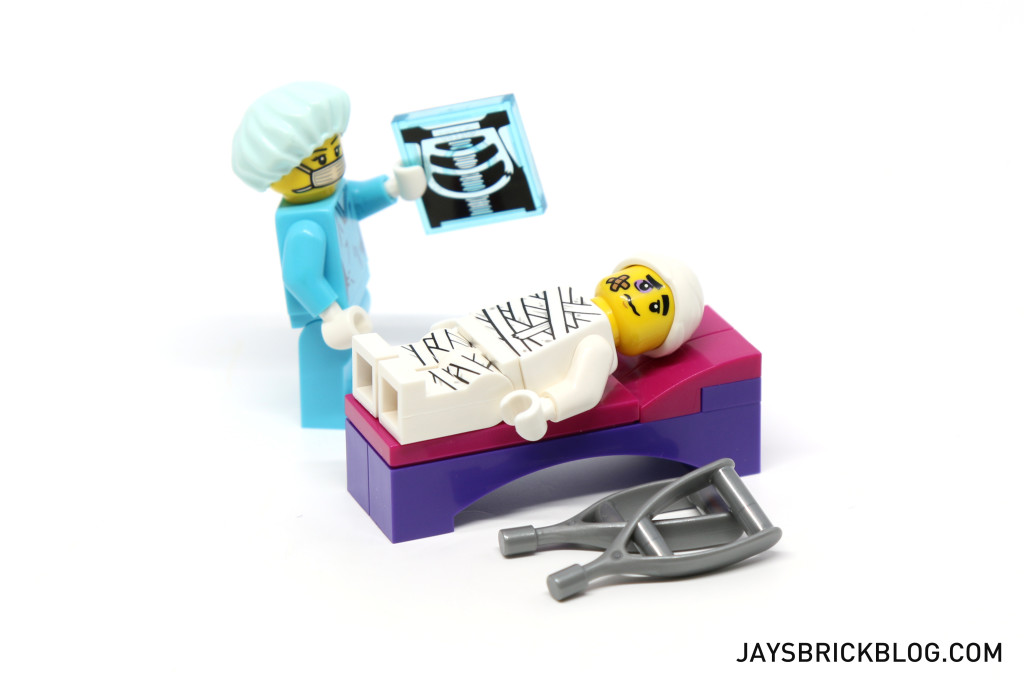 LEGO Minifigures Series 15 - Clumsy Guy In Surgery