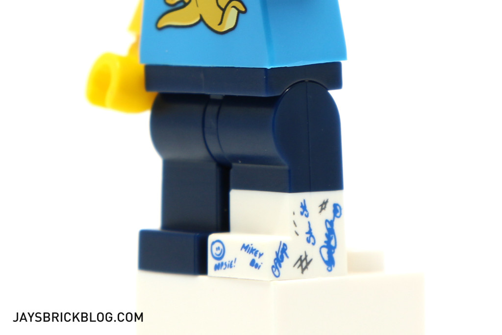 LEGO Minifigures Series 15 - Clumsy Guy Signed Cast