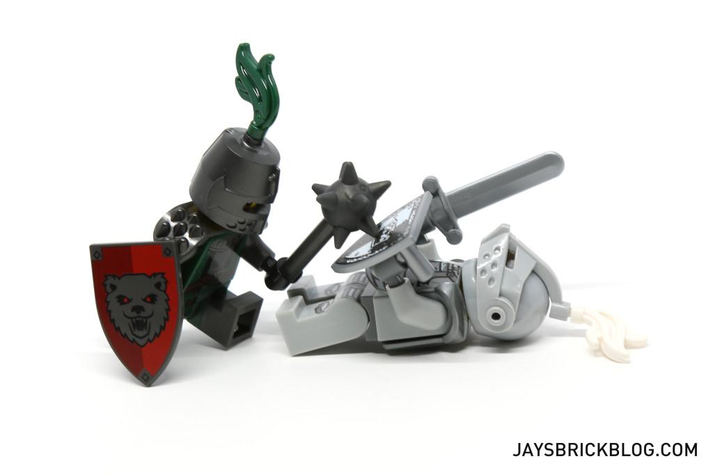 LEGO Minifigures Series 15 - Knight Showdown