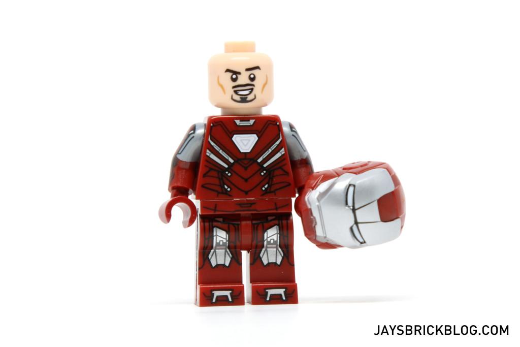 LEGO 5002946 - Silver Centurion Torso Printing