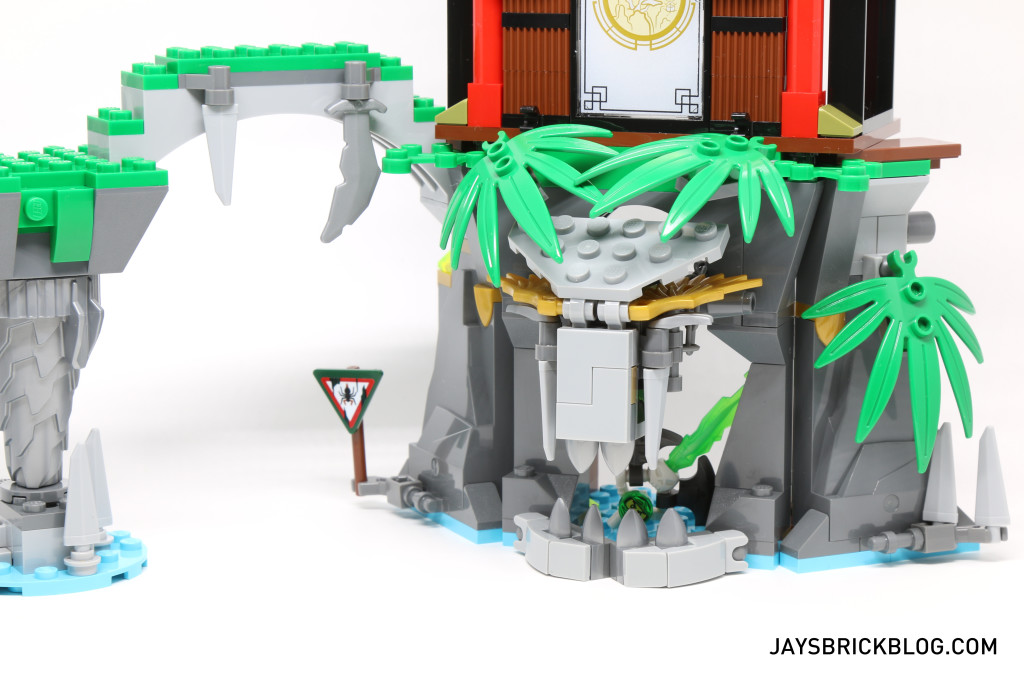 LEGO 70604 Tiger Widow Island - Closed Mouth Cave
