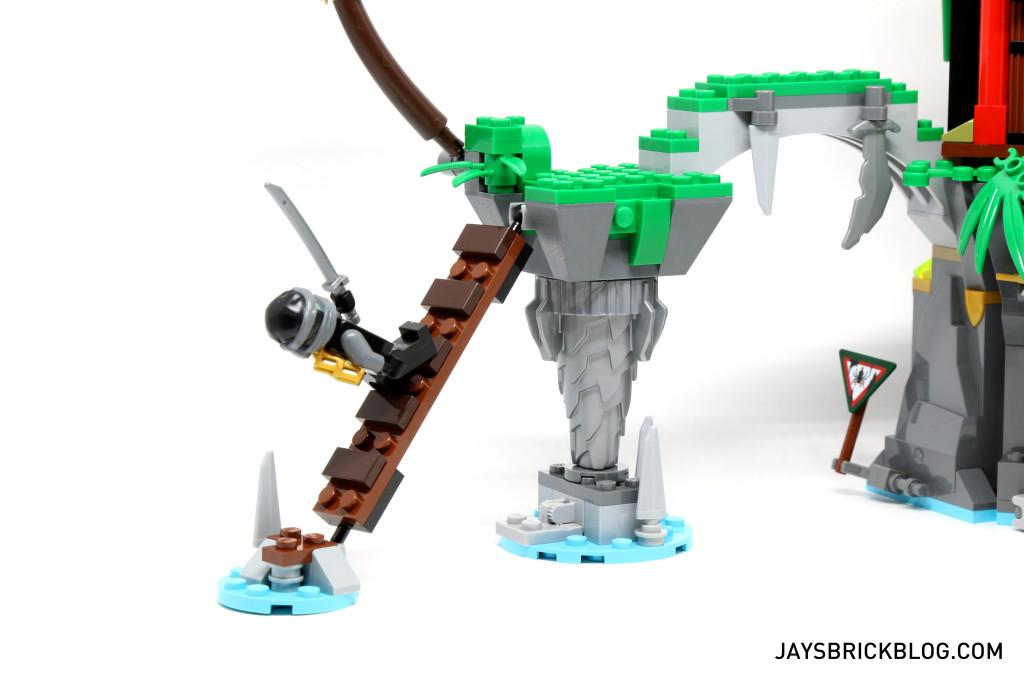 LEGO 70604 Tiger Widow Island - Floating Island Ladder