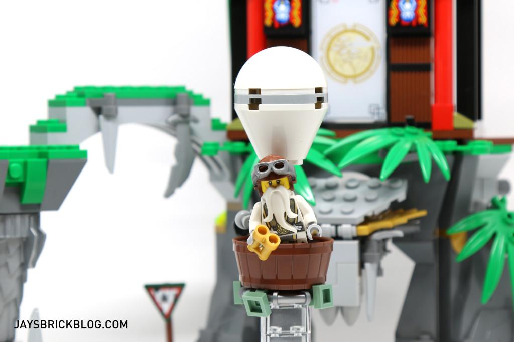 LEGO 70604 Tiger Widow Island - Sensei Wu Hot Air Balloon