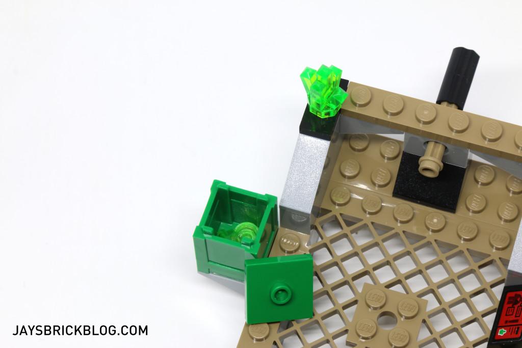 LEGO 76044 Clash of the Heroes - Kryptonite Case