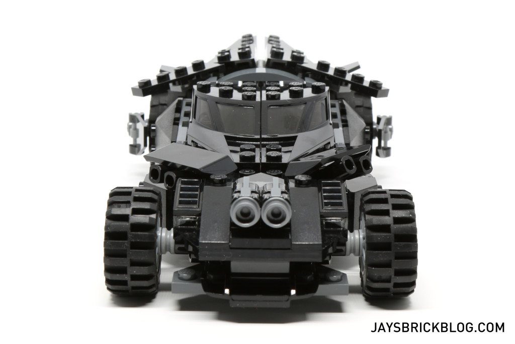 LEGO 76045 Kryptonite Interception - Batmobile Front View