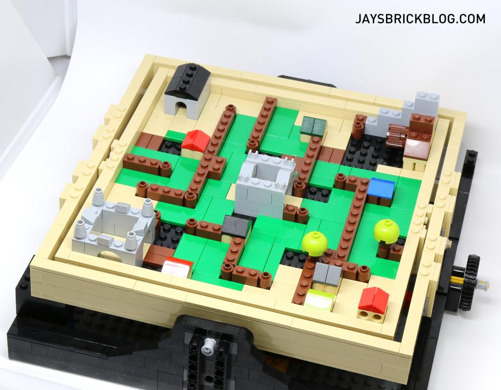 LEGO 21305 Ideas Maze - Medieval Maze Plate