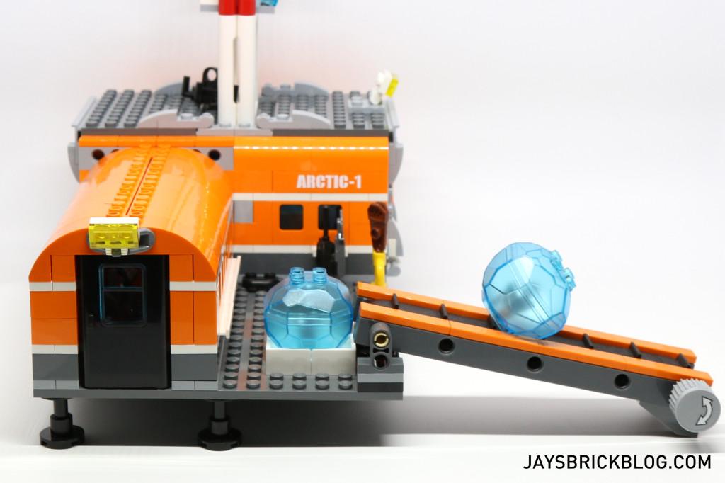 LEGO 60036 Arctic Base Camp - Conveyor Bely Ice Crystals