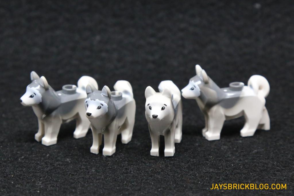 LEGO 60036 Arctic Base Camp - LEGO Husky Dogs