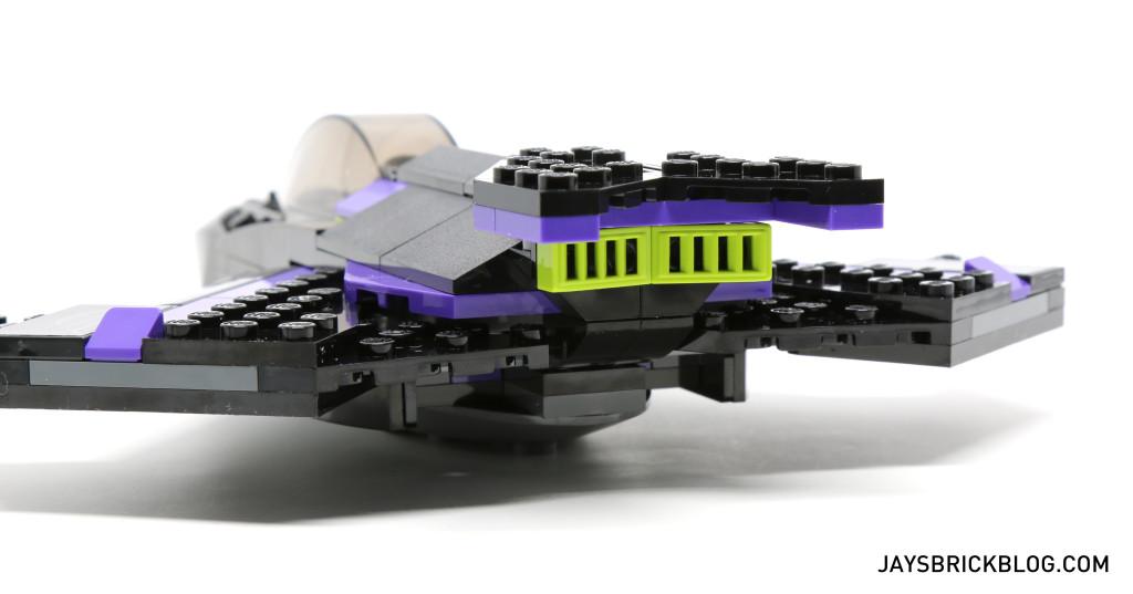 `LEGO 76047 Black Panther Pursuit - Black Panther Jet Back