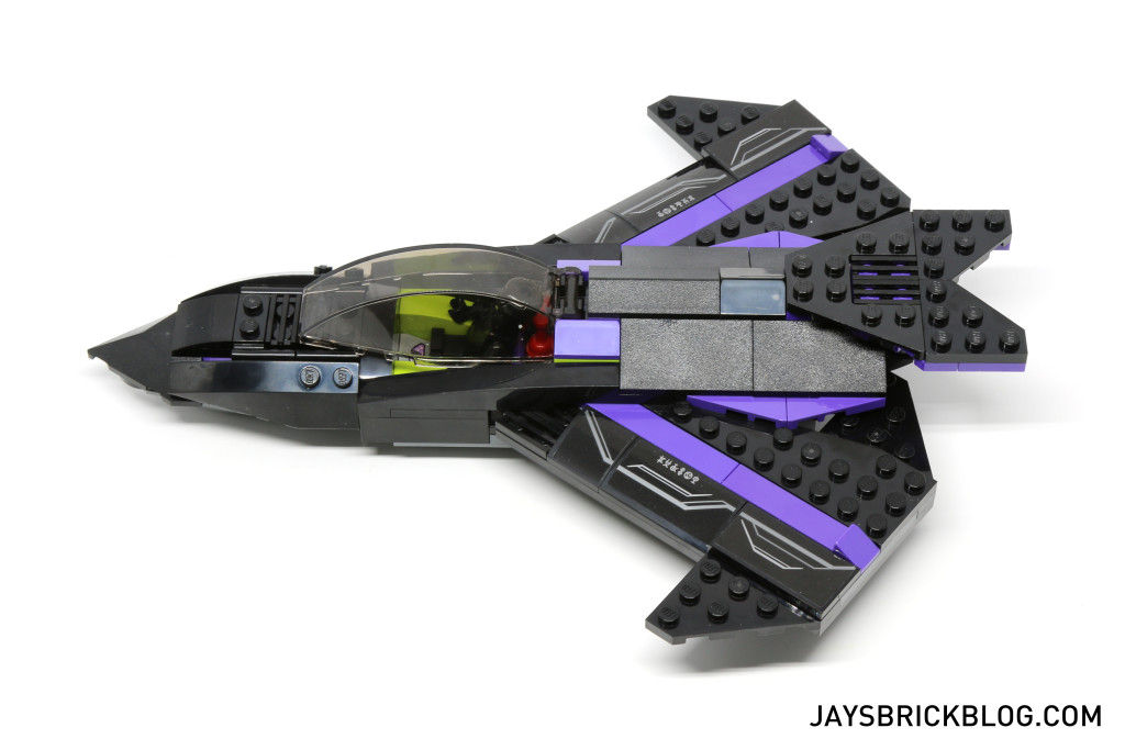 `LEGO 76047 Black Panther Pursuit - Black Panther Jet Side View