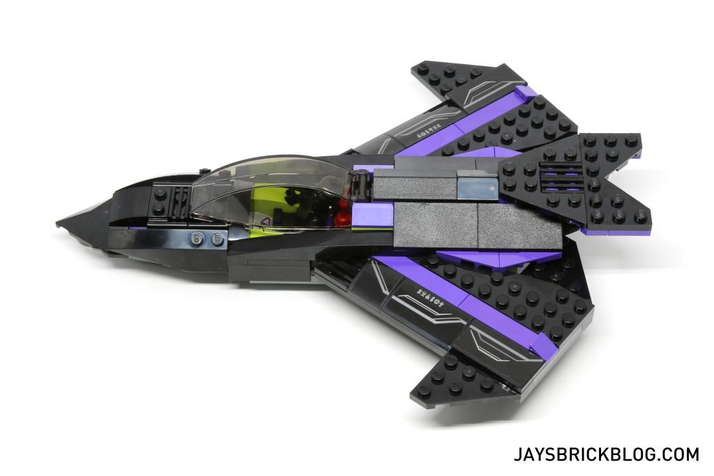 `LEGO 76047 Black Panther Pursuit - Black Panther Jet Side View