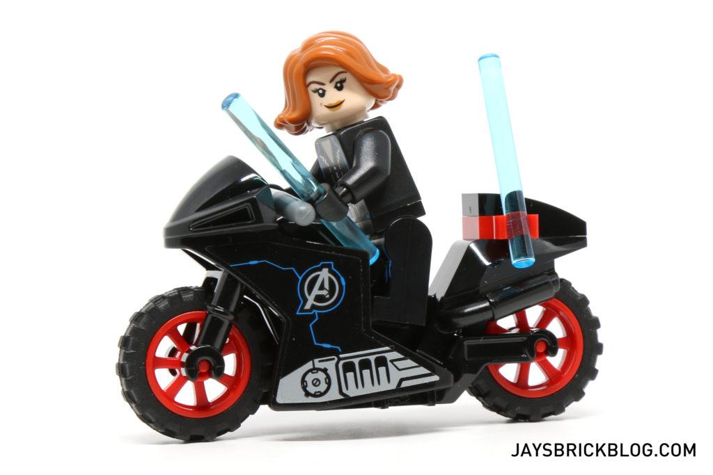 LEGO 76050 Crossbones Hazard Heist - Black Widow Motorbike
