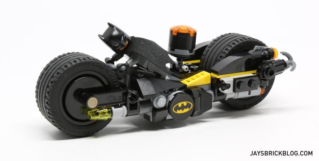 LEGO 76053 Gotham City Cycle Chase - Batman Batcycle Side View