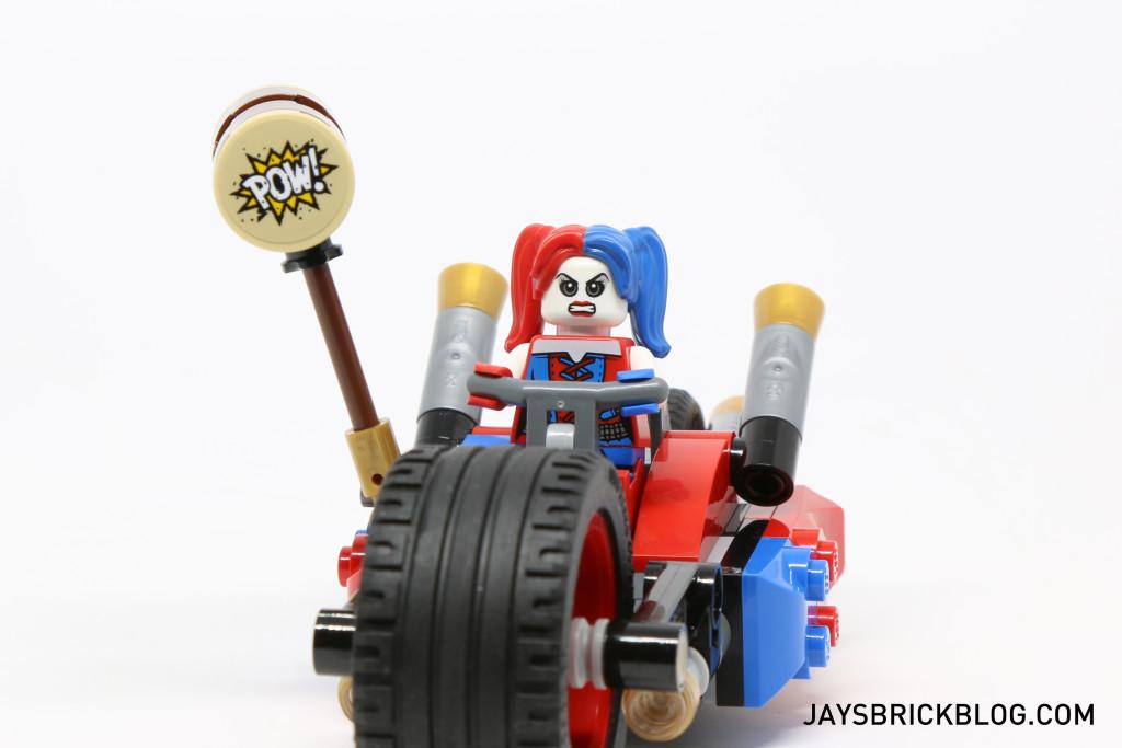 LEGO 76053 Gotham City Cycle Chase - Harley Quinn Bike Front