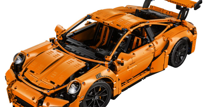 LEGO unveils the stunning 42056 Technic Porsche 911 GT3 RS