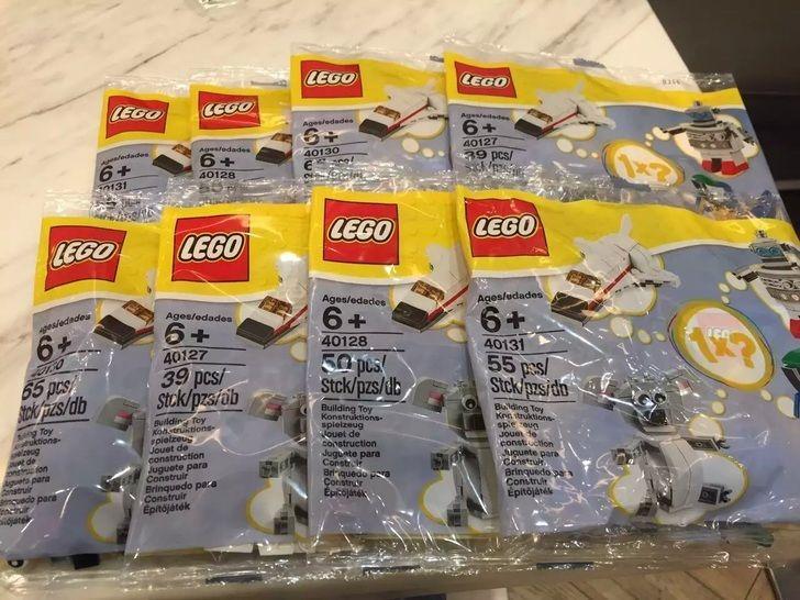 LEGO Uniqlo Polybag