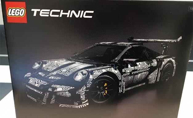 Lego-Technic-Porsche-911 German Toy Fair