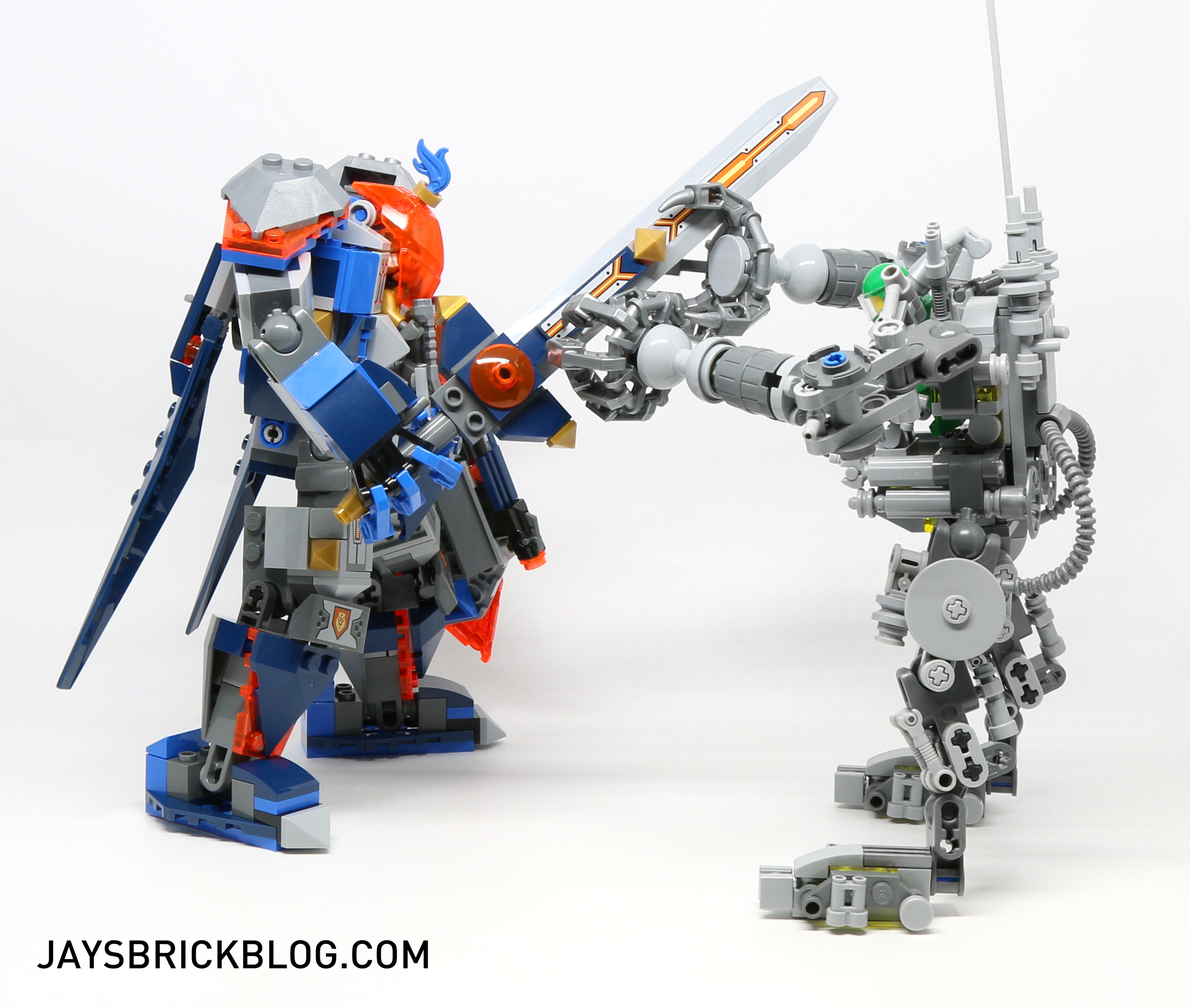 Review: LEGO 70327 The King's Mech