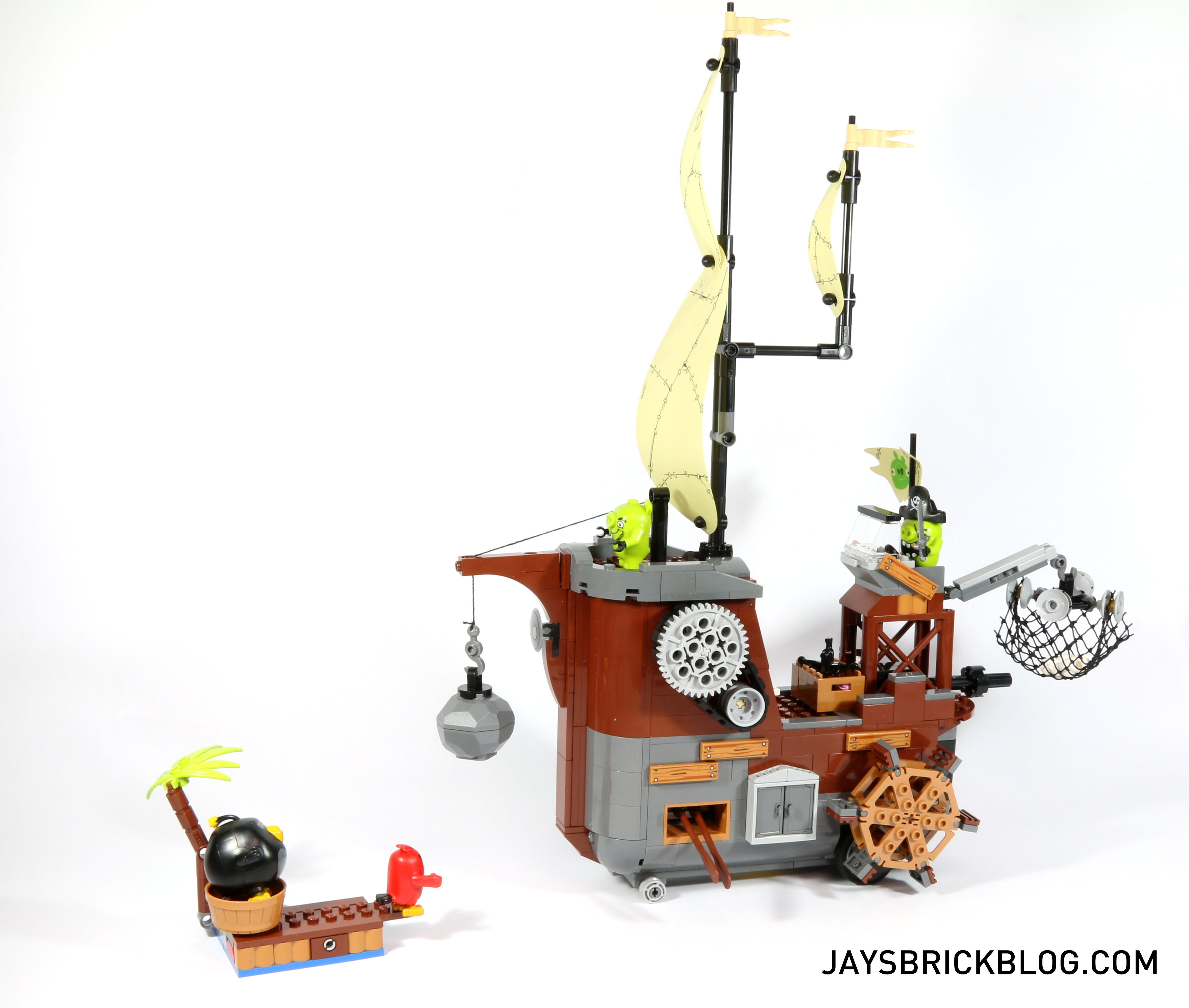 Review Lego 75825 Piggy Pirate Ship