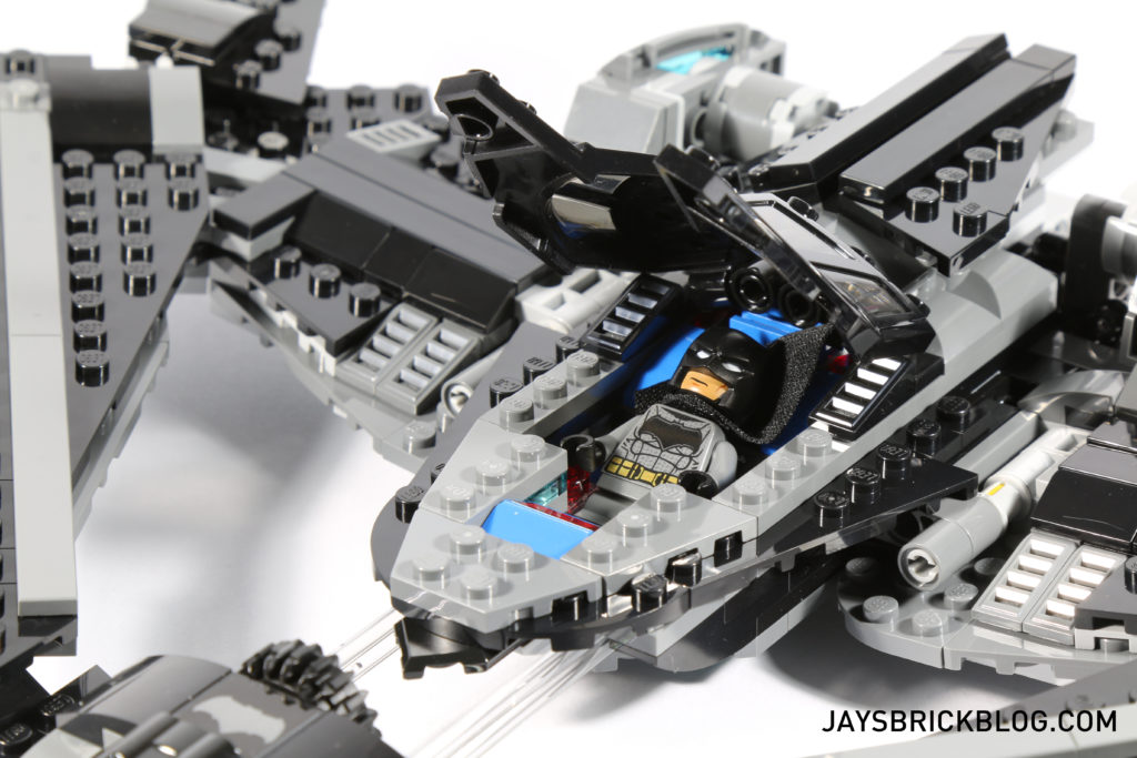 LEGO 76046 Heroes of Justice Sky High Battle - Batwing Cockpit