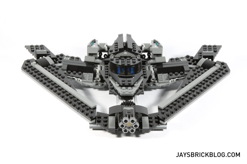 LEGO 76046 Heroes of Justice Sky High Battle - Batwing Front View