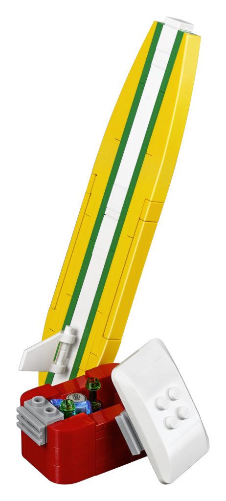 LEGO 10252 Volkswagen Beetle - LEGO Surfboard and Esky