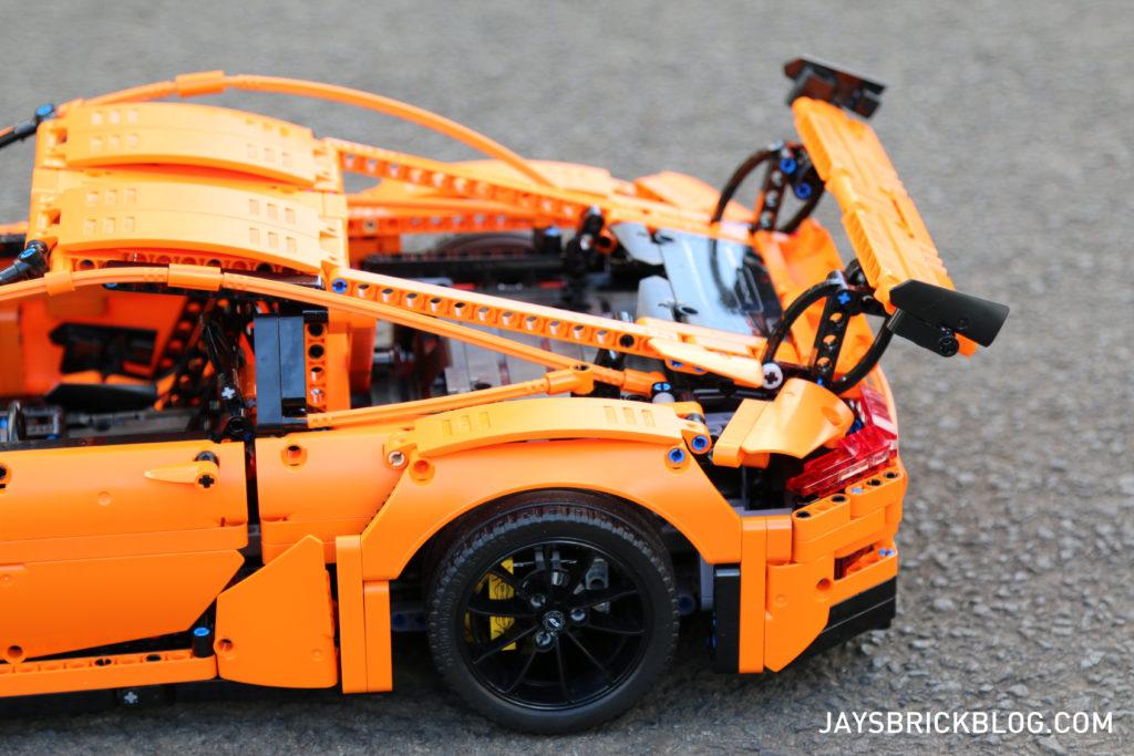 LEGO 42056 Technic Porsche 911 - Back Spoilers