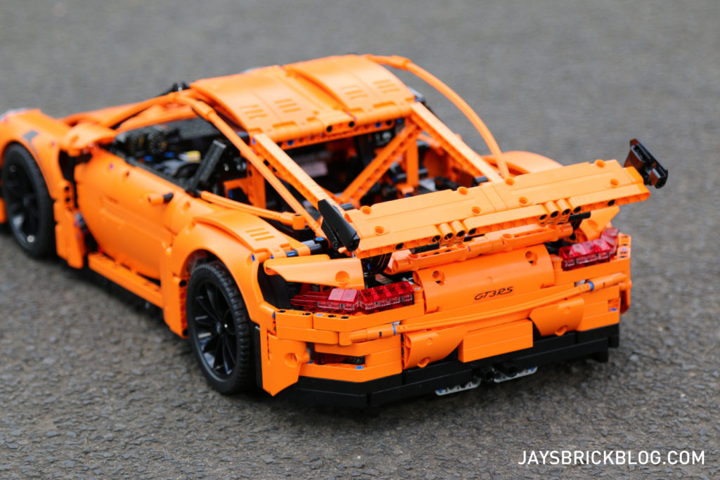 LEGO 42056 Technic Porsche 911 - Back View